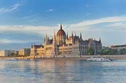Ciudades Imperiales: Praga, Viena y Budapest desde Barcelona oferta hotel en Destinia.com