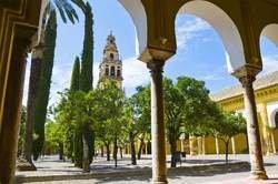 Andalucía con Toledo desde Barcelona oferta hotel en Destinia.com