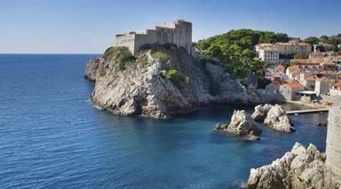 BELLEZAS DE CROACIA Y MOSTAR      -                     Costa Dálmata, Dubrovnik, Zagreb, Split                     Móstar, Parque Nacional de los Lagos de Plitvice, Plitvice