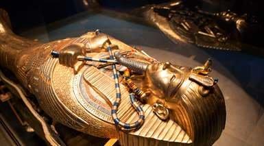 EGIPTO FARAÓNICO Y HURGADA CON VISITAS      -                     Asuán, Luxor, Nilo, Mar Rojo, Colosos de Memnón, Edfu, Gran Esfinge de Guiza, Kom Ombo, Pirámides de Guiza, Templo Funerario de Hatshepsut, Templo de Luxor, Templo de Philae                     Templos de Karnak, Valle de Los Reyes, El Cairo, Hurgada, Templo de Horus, Templo de Kom Ombo, Barrio Copto, Jan el-Jalili, La Ciudadela de El Cairo, Necrópolis de Tebas, Mezquita de Muhammad Alí, Necrópolis de Guiza