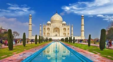 INDIA, TRIÁNGULO DE ORO Y VARANASI (CON TREN INTERNO)      -                     Amber, Fatehpur Sikri, Fuerte Amber, Fuerte Rojo, Taj Mahal, Puerta de la India, Río Ganges                     Nueva Delhi, Agra, Benarés, Jaipur, Museo Albert Hall, Sarnath