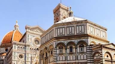 ITALIA MONUMENTAL      -                     Verona, Venecia, Padua, Pisa, Siena, Lago de Garda, Toscana                     Véneto, Coliseo, Torre de Pisa, Ponte Vecchio, Roma, Florencia, Milán