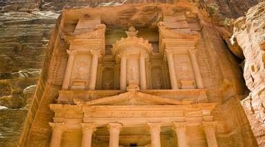 REINO HACHEMITA      -                     Aqaba, Jerash, Madaba, Monte Nebo, Pequeña Petra                     Río Jordán, Wadi Rum, Amán, Al-Khazneh, Petra