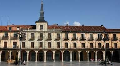 CAPITALES DE CASTILLA      -                     Valladolid, Castilla y León, León, Salamanca, Zamora                     Astorga, Medina del Campo, Peñafiel, Tordesillas