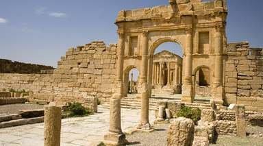 TÚNEZ, OASIS E HISTORIA       -                     Matmata, Sbeitla, Túnez, Kairuán                     Sfax, Douz, Hammamet, Tozeur