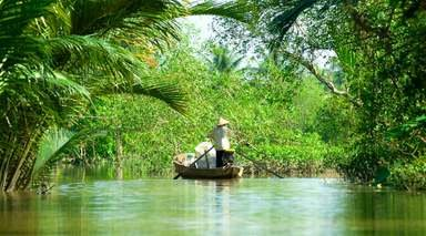 VIETNAM CON VISITAS Y CRUCERO      -                     Hoi An, Hanói, Ho chi Minh                     Bahía de Ha-Long, Da Nang